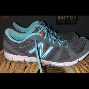 NEW NB Tennis Shoes